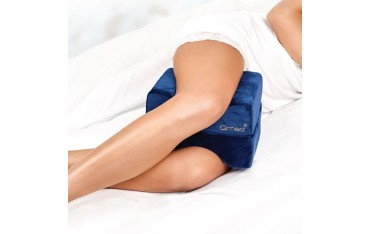 Rozkładana poduszka między kolana i pod nogi