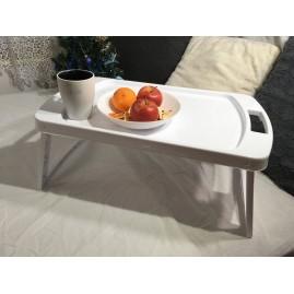Stolik do jedzenia w łóżku