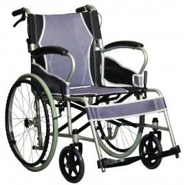 Ultralekki stalowy wózek inwalidzki z hamulcami dla opiekuna AT52301