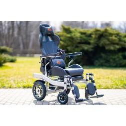 Ekskluzywny i komfortowy wózek inwalidzki elektryczny Holding Hands A2