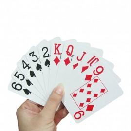 Karty do gry z dużymi znakami dla seniora